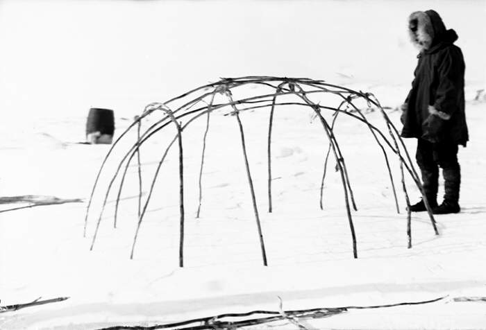 Completed framework of an Eskimo tent. Anglo-.  sc 1 st  Flora Italiana & Native Eskimos. Completed framework of an Eskimo tent. Anglo ...